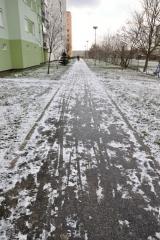 cistenie-chodnikov-sneh