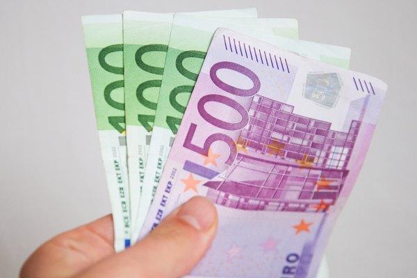 Prv papierov peniaze na slovensku