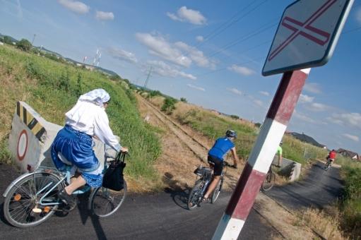cyklista kroj zeleznica