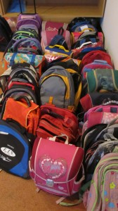 skolske potreby charita2