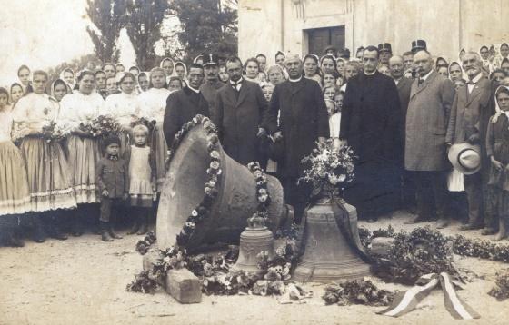 Piešťanské zvony idú do vojny (zbierka BM)