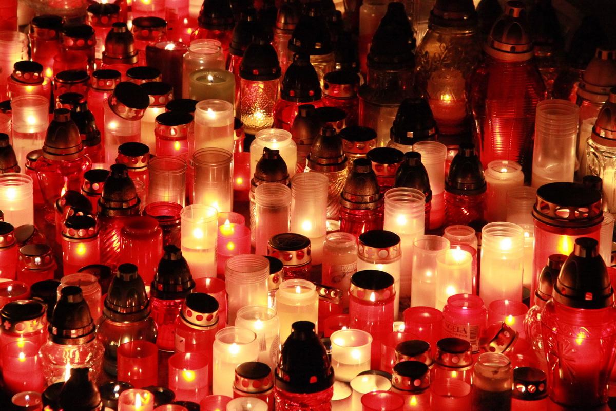 Dušičky cintorín (6)