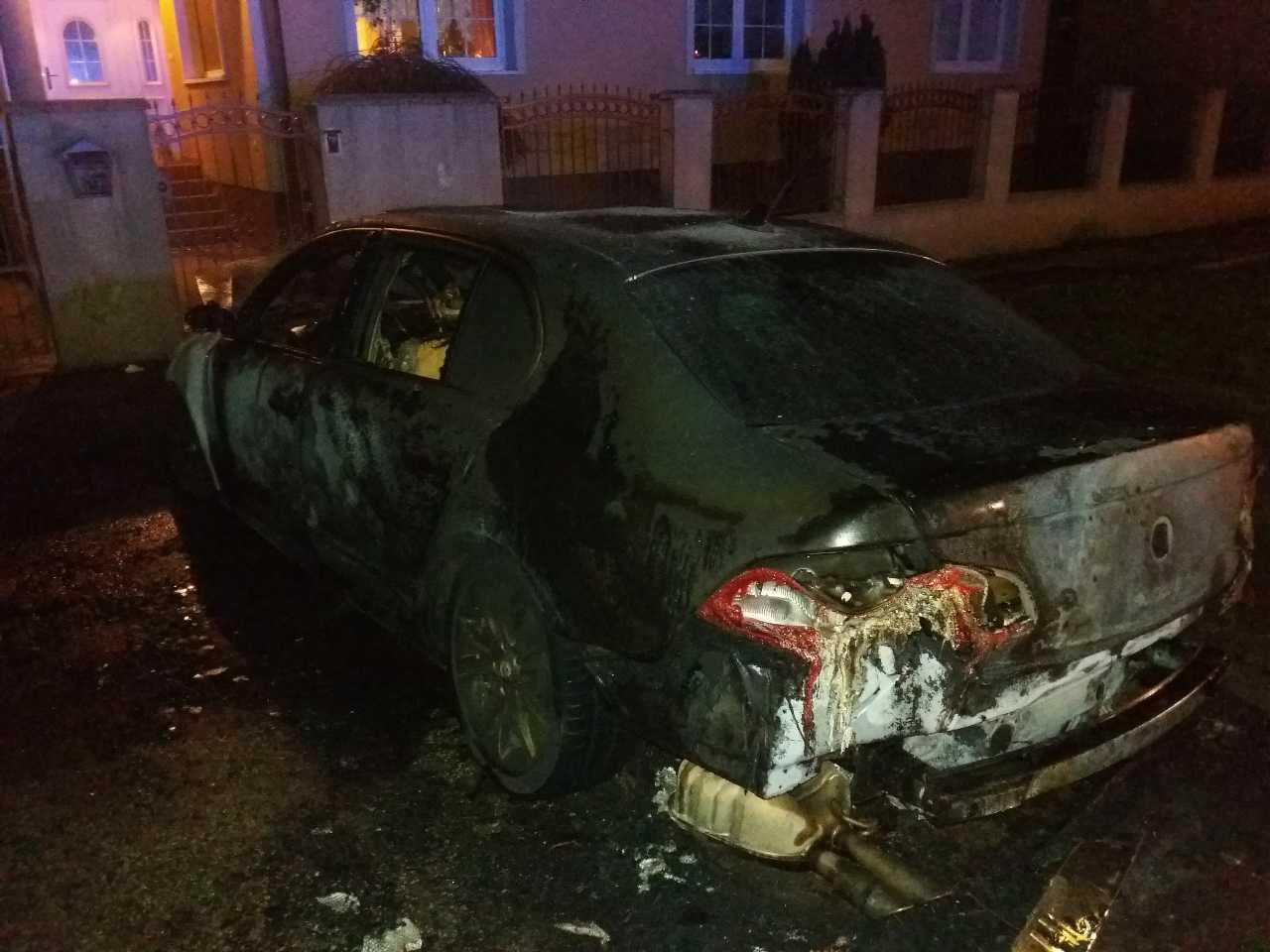 požiar auto (3)
