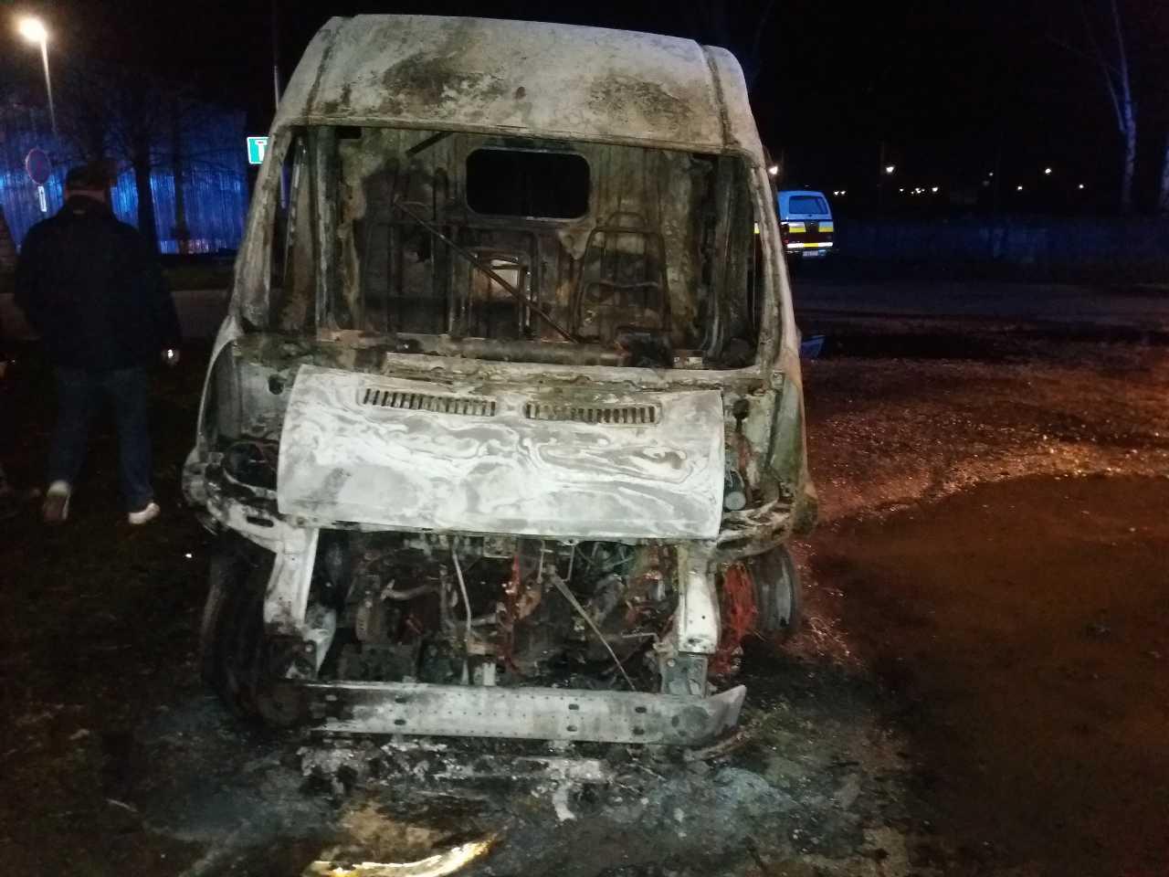 požiar auto (5)