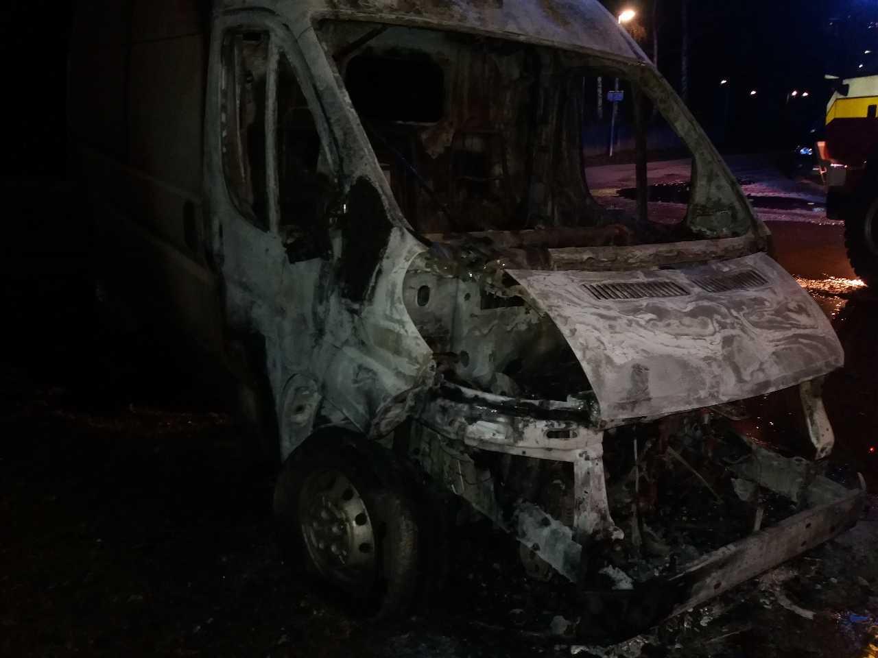požiar auto (6)