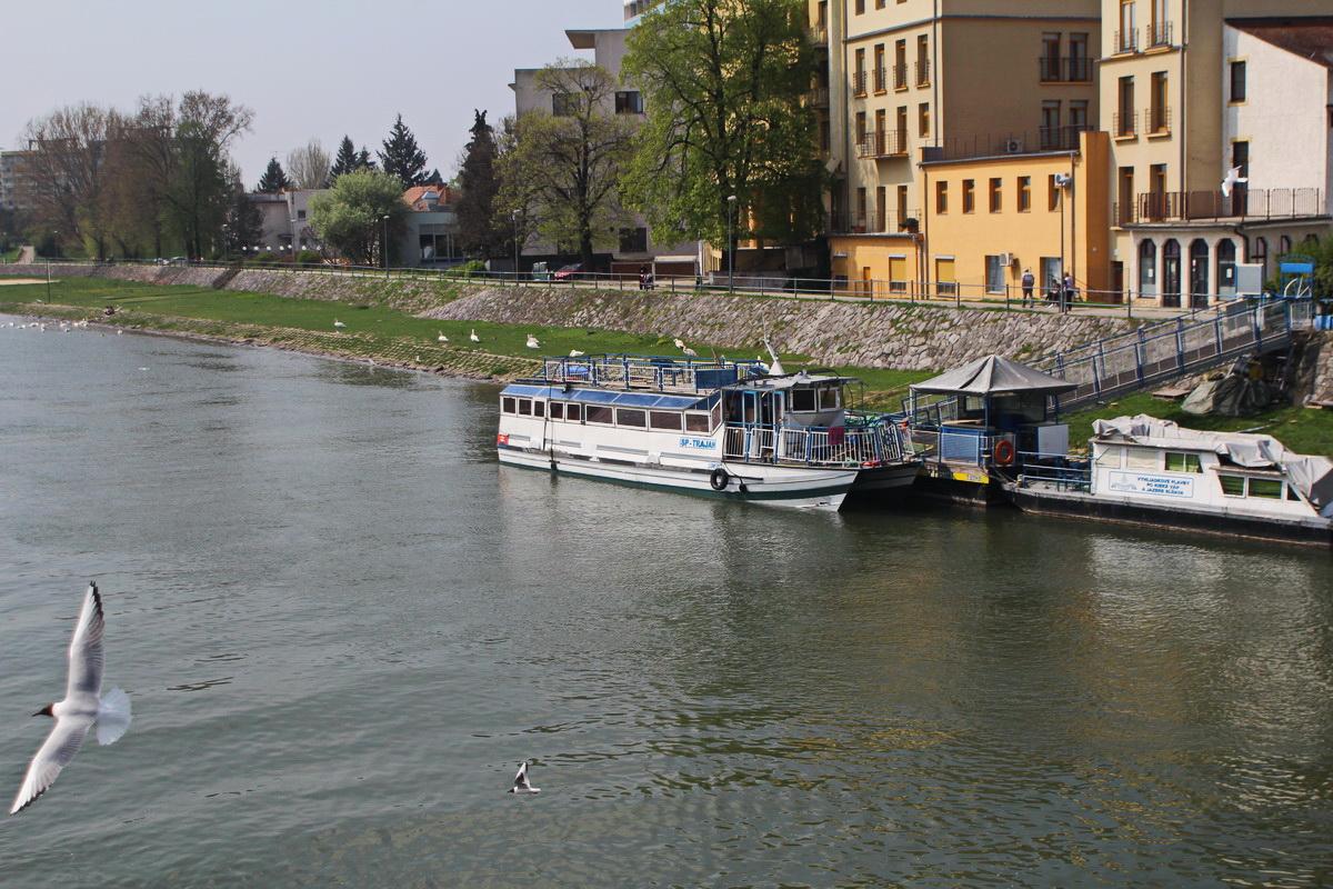Trajan loď (2)