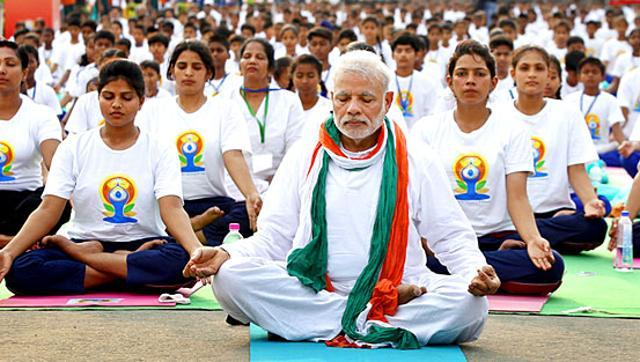 Prime_minister_of_India-Narendra-Modi-doing-Yoga-on-World-Yoga-Day-2016