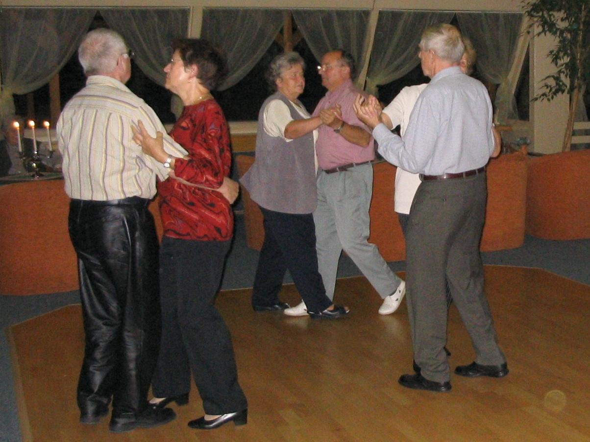 Tancujúce páry