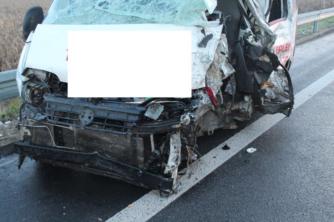 Nehoda (5)