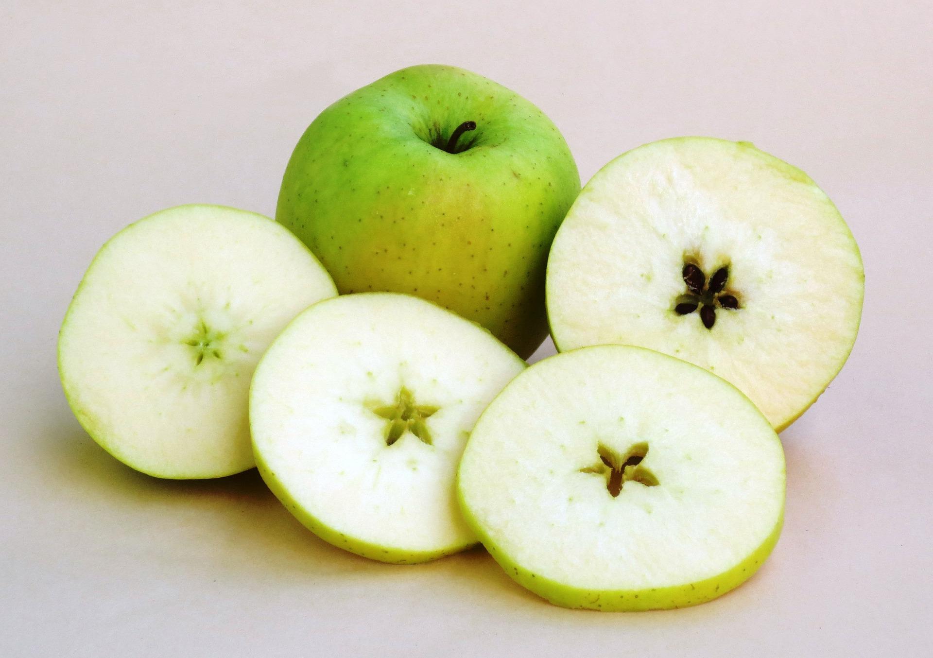 apples-899101_1920