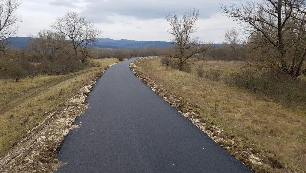 67c6631fd Vážska cyklotrasa rastie, o názve rozhodnú obyvatelia - PNky.sk
